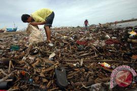 Padang gencarkan sosialisasi pengurangan sampah plastik