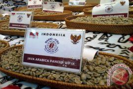 KAI Daop Surabaya promosikan kopi asli Indonesia