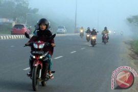 Kabut asap selimuti perkotaan Banjarbaru