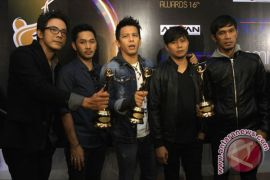 NOAH raih 6 piala AMI Awards