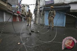 Milisi serang di Kashmir, lima polisi India tewas