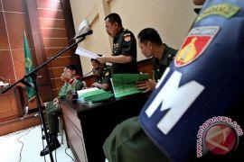 Terlibat penganiayaan di cafe enam prajurit diadili