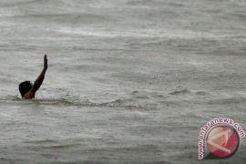 Seorang pemuda hanyut di Sungai Ciomas