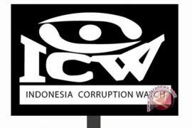Sistem perizinan diduga lahan korupsi pejabat daerah