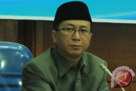 Mantan Gubernur Bengkulu dituntut tiga tahun