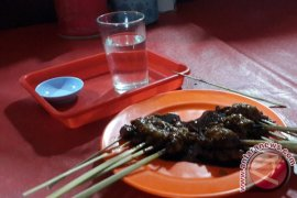 Sate Daging Ular Kobra