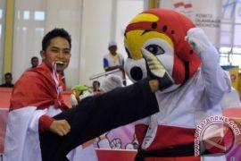 Taekwondo sumbang emas pertama AIMAG