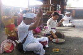 Grand Istana Rama Gelar Tirta Yatra