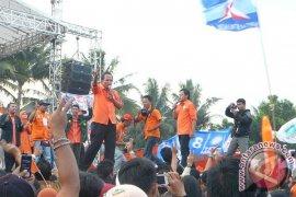 Ribuan masa hadiri pawai akbar Bima-Usmar
