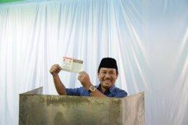 Quick count LSI: Rachmat Yasin unggul 64,68 persen