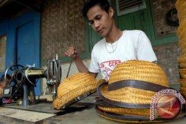 Pengusaha Korea Selatan jajaki usaha topi bambu Tangerang