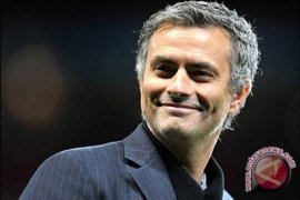 "Mourinho kritik Manchester United bermain ""sepak bola PlayStation"""