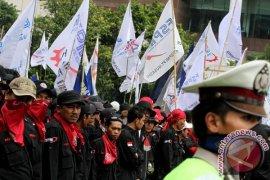 Asosiasi Serikat Pekerja : Hentikan Upaya Memiskinkan Buruh