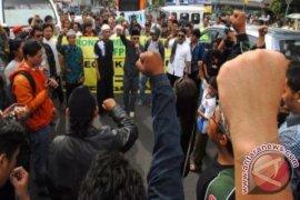 Demo Bubarkan FPI Tasikmalaya