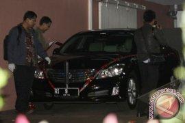 Penyegelan Mobil Dinas Ketua MK