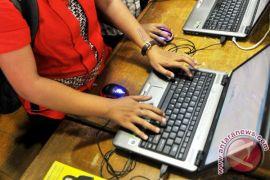 Alasan empat miliar orang belum tersentuh internet