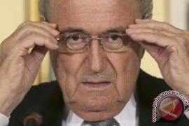 Blatter hadapi tiga pesaing di Kepresidenan FIFA