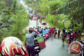 Warga Mukomuko Antisipasi Banjir Saat Musim Hujan