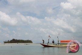 Mubadala donates LPG converter for fishermen