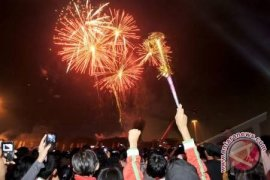 "Warga Tionghoa Pontianak diimbau tidak berlebihan""pesta"" kembang api"
