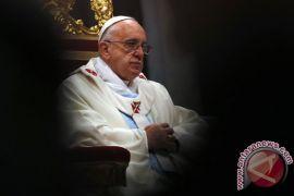 Paus Fransiskus kritik pencitraan buruk imigran oleh media