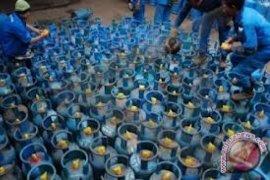 Penjualan gas elpiji di Ambon normal