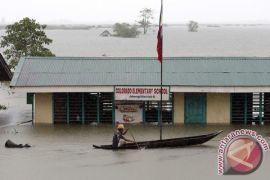 Banjir dan longsor di Filipina renggut lebih dari 100 nyawa