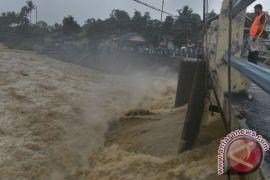 Wali Kota Bogor minta warga waspadai luapan Ciliwung
