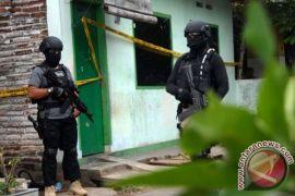 Empat terduga teroris ditangkap di Probolinggo, salah satunya PNS