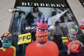 Saham Burberry rontok, Bursa Inggris ditutup naik 36,20 poin