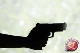 Polisi tembak pembobol rumah Pati TNI AU