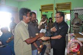 Bupati Bangka Salurkan Bantuan Untuk Korban Banjir
