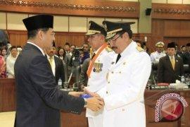 Mendagri Lantik Gubernur-Wagub Maluku