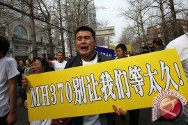 "MH370 Dinginkan ""Diplomasi Panda"" Tiongkok-Malaysia"