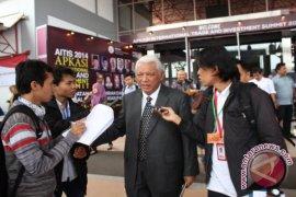 Gubernur Bicara Pada Forum Bisnis Apkasi