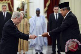 Delapan duta besar serahkan surat kepercayaan
