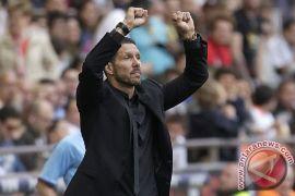 Simeone diskors empat pertandingan