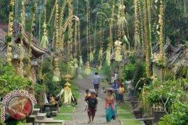 Menggairahkan Kehidupan dalam Desa Adat di Bali