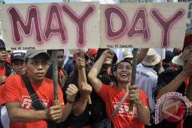 Buruh Bekasi Pilih Aksi Damai Bersama Pemerintah