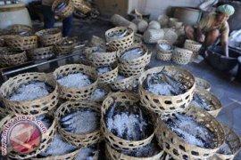 Pemindangan Tongkol di Klungkung Terkendala Konsumsi Listrik