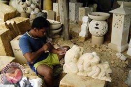 Kadin Bali Imbau Industri Kecil Manfaatkan KITE