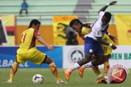 Sriwijaya FC Kecam Pelatih Persib