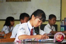 Dinas Pendidikan Pangkalpinang Pantau UAS