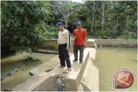 Masyarakat Kotabaru Mulai Manfaatkan Air Kolam