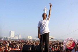 Tim Prabowo-Hatta Laporkan Jokowi ke Bawaslu