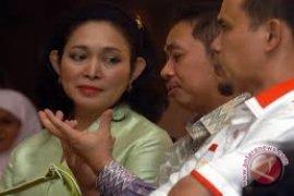 Titiek Soeharto salami timses Jokowi-JK