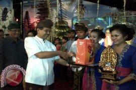 Duta Buleleng Raih Emas UDG Nasional Palembang