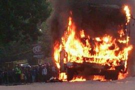 Lagi, satu unit bus Transjakarta terbakar di Jalan Pos