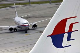 Pesawat Malaysia mendarat darurat karena penumpang melahirkan