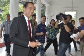 Jokowi Kembali Masuk Kerja di Balai Kota DKI